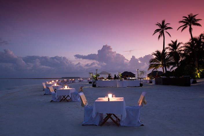 Conrad Maldives Beach Dining